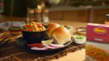 Shan Foods Keema TV Spot, 'Living on the Veg: Soya Keema Pav' - Thumbnail 10