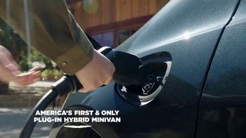 2021 Chrysler Pacifica Plug-In Hybrid TV Spot, 'Protect Your World' [T2] - Thumbnail 4