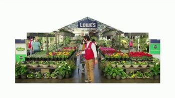 Lowe's Springfest TV Spot, 'Plants, Trimmers, Mowers and Mulch' - Thumbnail 2