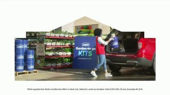 Lowe's Springfest TV Spot, 'Plants, Trimmers, Mowers and Mulch' - Thumbnail 7