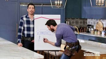 American Family Insurance TV Spot, 'Renovation' Ft. Drew Scott, Jonathan Scott - Thumbnail 6