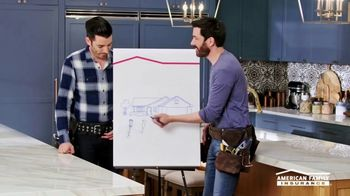 American Family Insurance TV Spot, 'Renovation' Ft. Drew Scott, Jonathan Scott - Thumbnail 8
