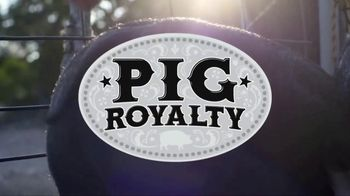 Discovery+ TV Spot, 'Pig Royalty' - Thumbnail 9