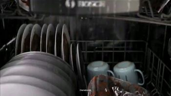 Finish Powerball Quantum TV Spot, 'Bosch: From Bosch to Finish' - Thumbnail 4