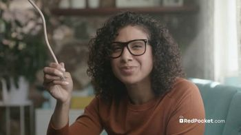 Red Pocket Mobile TV Spot, 'Cut Your Big Wireless Carrier'