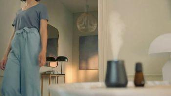 Air Wick Essential Mist TV Spot, 'New Design' - Thumbnail 6