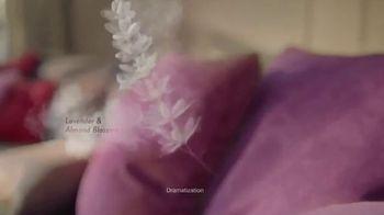 Air Wick Essential Mist TV Spot, 'New Design' - Thumbnail 2