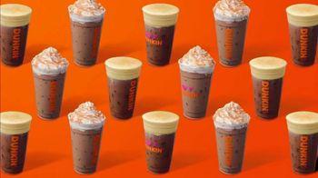 Dunkin' Pumpkin Cream Cold Brew and Pumpkin Spice Signature Latte TV Spot, 'Medium at $3'
