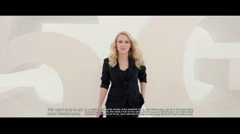 Verizon TV Spot, 'Dunk It or Crash It: $800 Trade-In' Featuring Kate McKinnon