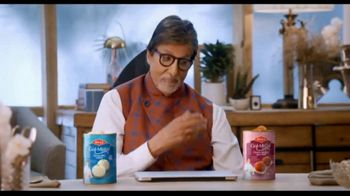 Bikaji Gol-Matol TV Spot, 'Video Call' Featuring Amitabh Bachchan - Thumbnail 6
