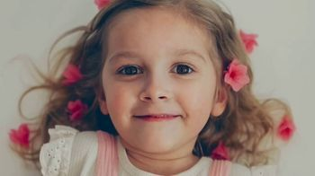 Children's Miracle Network Hospitals TV, 'Gwen' Song by Meaghan Smith