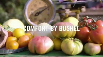 Duluth Trading Company Gardening Collection TV Spot, 'Comfort by Bushel' Song by Assaf Ayalon - Thumbnail 7