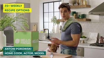 HelloFresh TV Spot, 'Skillet Shortcuts' Featuring Antoni Porowski - Thumbnail 2
