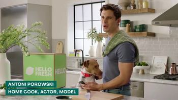 HelloFresh TV Spot, 'Skillet Shortcuts' Featuring Antoni Porowski - Thumbnail 3