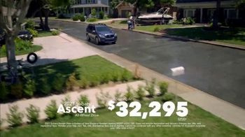 2021 Subaru Ascent TV Spot, 'Love Is Bigger Than Ever' [T2] - Thumbnail 6