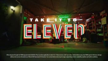 7-Eleven TV Spot, 'Take It to Eleven With 24/7 Delivery: $5 Large Pizza' Featuring Yip Yops - Thumbnail 8
