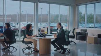 CarMax TV Spot, 'Love Your Car Guarantee: WOJ' Featuring Adrian Wojnarowski - Thumbnail 2