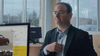 CarMax TV Spot, 'Love Your Car Guarantee: WOJ' Featuring Adrian Wojnarowski - Thumbnail 3