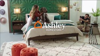Ashley HomeStore Lowest Prices of the Season TV Spot, 'Beds, Dining and Sofas: 0%' - Thumbnail 1