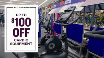 Academy Sports + Outdoors All For Mom TV Spot, '4-Day Deals' - Thumbnail 6