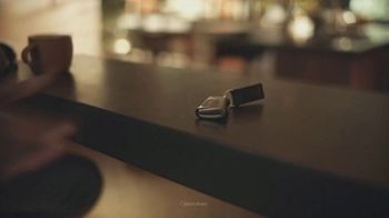 2021 Lexus LS TV Spot, 'School Bus' [T1] - Thumbnail 4