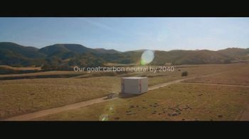 FedEx TV Spot, 'Delivering for Earth' Featuring Willie Nelson - Thumbnail 9