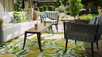 Overstock.com 48 Hour Flash Sale TV Spot, 'Patio Furniture and Spring Decor' - Thumbnail 4