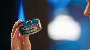 Blue Buffalo Tastefuls TV Spot, 'Spend $25, Receive a $5 Target Gift Card' - Thumbnail 7