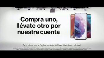 Verizon TV Spot, 'Disney+: compre un teléfono y llévate otro' [Spanish] - Thumbnail 6