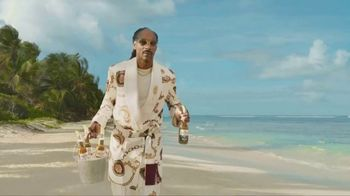 Corona Extra TV Spot, 'Friends' Featuring Snoop Dogg, Bad Bunny, Song by Whodini - Thumbnail 1