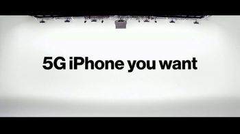 Verizon TV Spot, 'Only Thing Better Than Getting an iPhone 12 Is Giving One' - Thumbnail 8