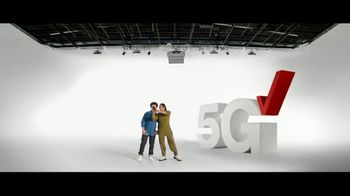 Verizon TV Spot, \'The Only Thing Better: BOGO on 5G Phones\'