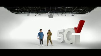 Verizon TV Spot, 'The Only Thing Better: BOGO on 5G Phones' - Thumbnail 1