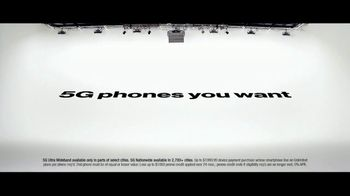 Verizon TV Spot, 'The Only Thing Better: BOGO on 5G Phones' - Thumbnail 8