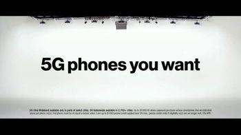 Verizon TV Spot, 'The Only Thing Better: BOGO on 5G Phones' - Thumbnail 9