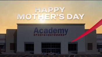 Academy Sports + Outdoors All for Mom 4-Day Deals TV Spot, 'Calzado, equipos y tarjetas de regalo' [Spanish] - Thumbnail 1