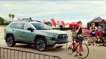 Toyota Summer Starts Here TV Spot, 'Sports' [T1] - Thumbnail 4