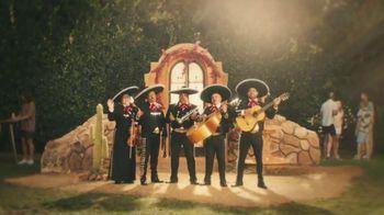 Jim Beam Highball TV Spot, 'Banda de mariachi' [Spanish] - Thumbnail 5