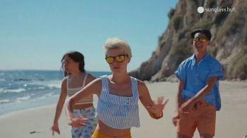 Sunglass Hut TV Spot, 'Don't Stop the Feeling' - Thumbnail 7