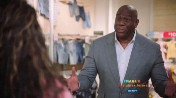Old Navy This Way Onward TV Spot, 'Introduction' Featuring Magic Johnson - Thumbnail 6