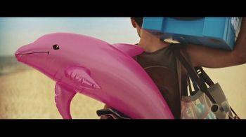 Bud Light TV Spot, 'Summer on Our Shoulders' - Thumbnail 4
