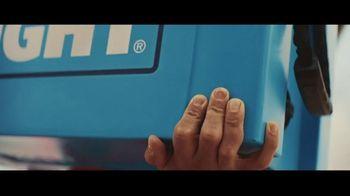 Bud Light TV Spot, 'Summer on Our Shoulders' - Thumbnail 5