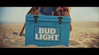 Bud Light TV Spot, 'Summer on Our Shoulders' - Thumbnail 7