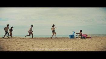 Bud Light TV Spot, 'Summer on Our Shoulders' - Thumbnail 9