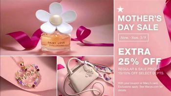 Macy's Mother's Day Sale TV Spot, 'Perfect Gift for Mom' - Thumbnail 7