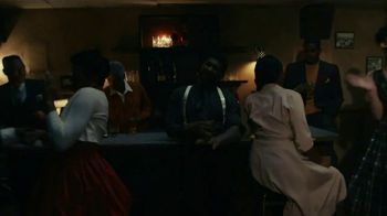 Rémy Martin TV Spot, 'Team up for Excellence' Featuring Usher - Thumbnail 4