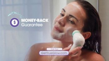 Conair True Glow TV Spot, 'Skin That Glows' - Thumbnail 9