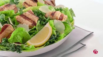 Chick-fil-A Lemon Kale Caesar Salad TV Spot, 'The Little Things: Jonelle' - Thumbnail 5
