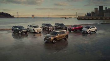 Chevrolet TV Spot, 'Familia de SUVs: maneja con cuidado' canción de Shane Alexander [Spanish] [T1] - Thumbnail 10