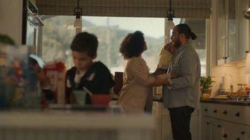 Chevrolet TV Spot, 'Familia de SUVs: maneja con cuidado' canción de Shane Alexander [Spanish] [T1] - Thumbnail 4